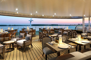Viking Delling - Outdoor Dining