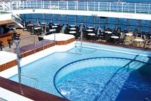 Voyager - Pool Deck