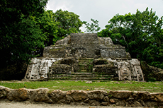 Belize City Lamanai Mayan Ruins cruise excursion