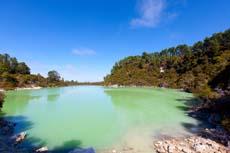 Tauranga Wai-O-Tapu Valley
