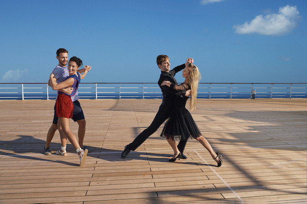 Ballroom dancing lesson on Queen Mary 2's sundeck (Photo: Cunard)